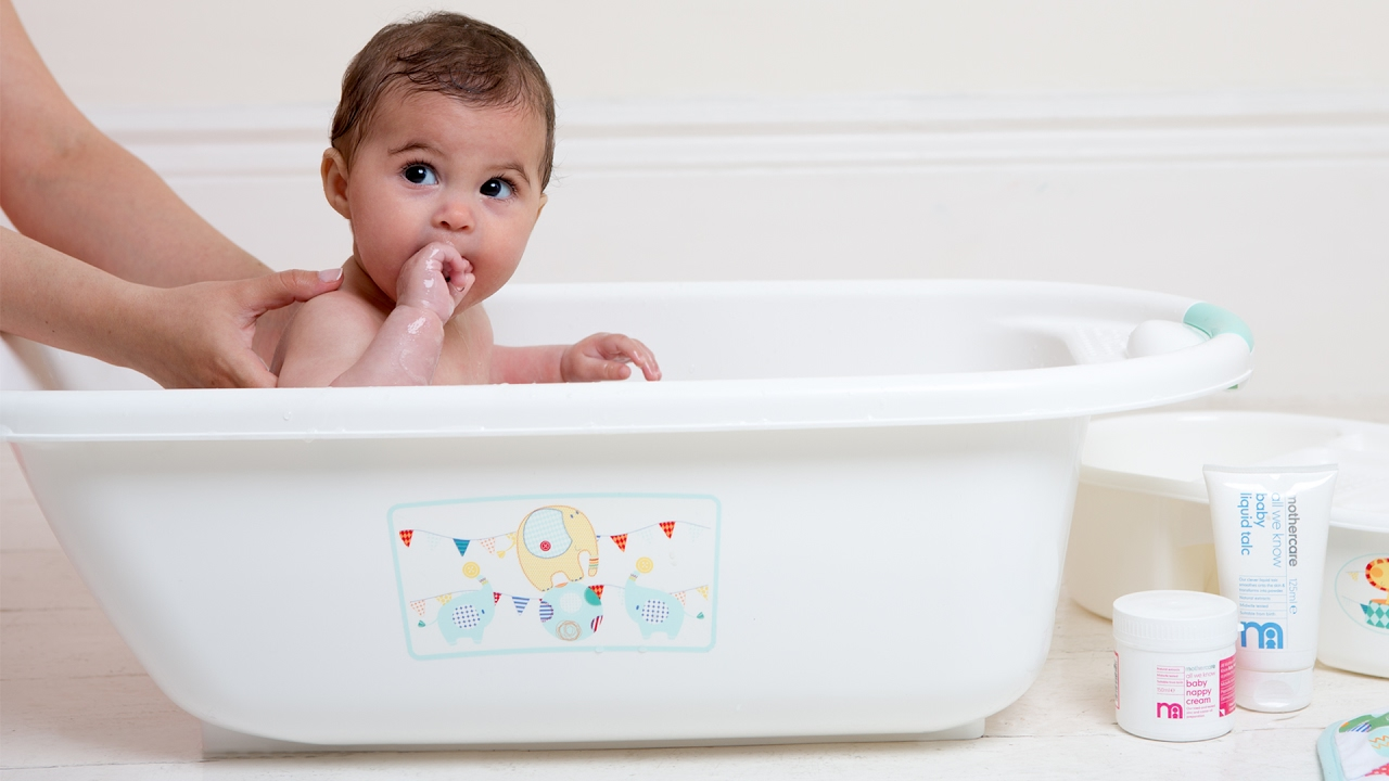 baby bathing products
