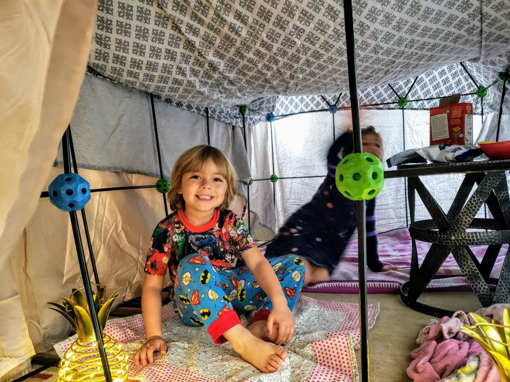 build a fort stay young teamwork fun toy